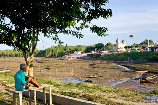 Orla de Curuçá, município é cercado por manguezais da Resex Mãe Grande