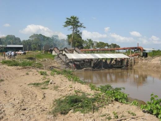 Estrutura para captação da água do Lago Arari na plantação de arroz ( Foto: Tarcísio Feitosa GTI-MPE/PA)