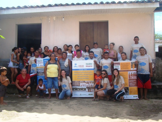 Moradores da comunidade de Mutucal, em Curuçá, que participaram das oficinas (Foto: Instituto Peabiru)