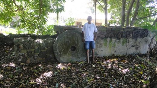 Ruínas do que os moradores chama de senzala, na comunidade de PAE Santana, em Ponta de Pedras, no Marajó