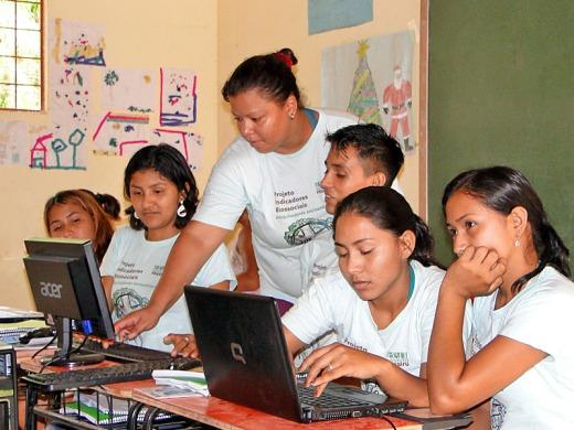 Pesquisadores Socioambientais recebem treinamento em informática