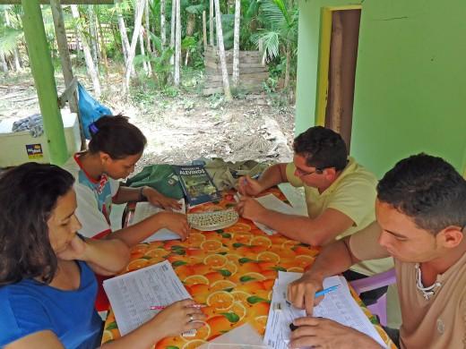 Equipe do ATER-Marajó e atividade de campo