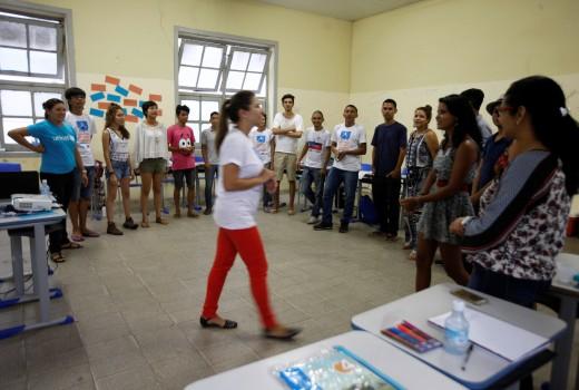 """Em dois dias de treinamento intenso, 14 jovens aprenderam a disseminar informações sobre saúde, como forma de prevenção contra o vírus HIV, as doenças sífilis e hepatite, e combate ao uso abusivo de álcool e outras drogas, dentro das oficinas do projeto """"Protagonismo de Adolescentes"""", da Plataforma de Centros Urbanos & Viva Melhor Sabendo Jovem. FOTO: RODOLFO OLIVEIRA / AG. PARÁ DATA: 29.01.2016 BELÉM - PARÁ"""